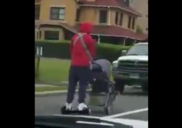 Papá sobre ruedas