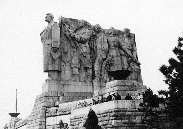 Monumento a Iósif Stalin en Praga