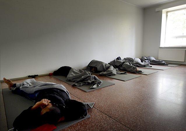 Migrantes en el centro de refugiados en Lahti, Finlandia