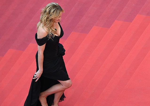 La actriz estadounidense Julia Roberts visita el estreno de Money Monster (archivo)