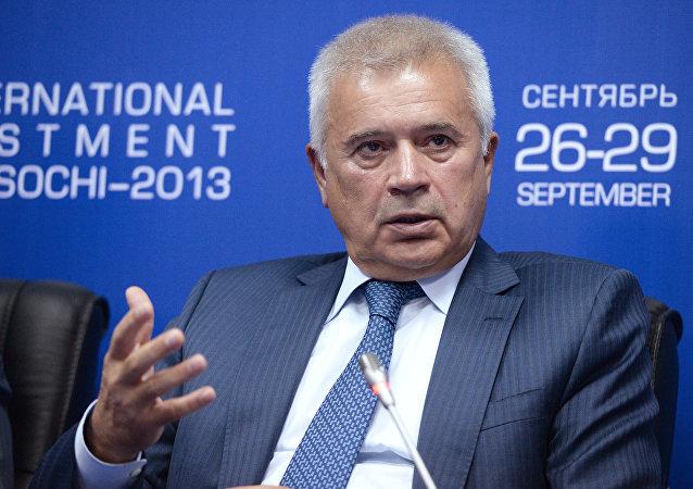 Vaguit Alekpérov, presidente de empresa petrolera Lukoil, multimillonario ruso