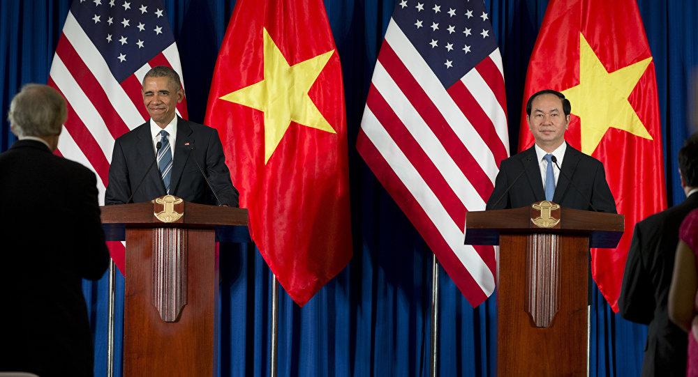 El presidente de EEUU, Barack Obama, y Tran Dai Quang, el presidente de Vietnam
