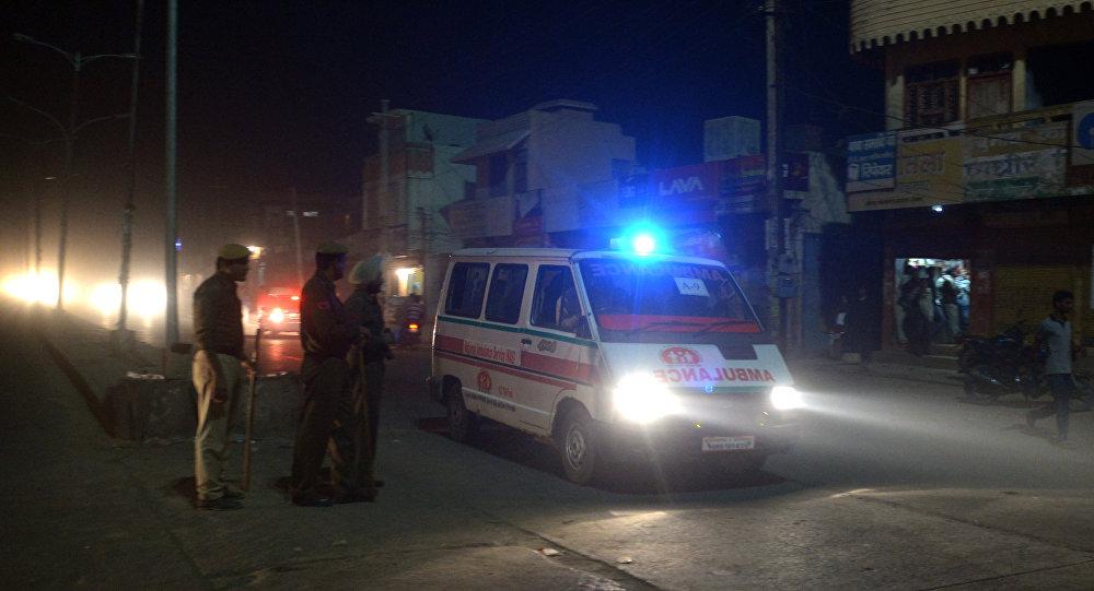 Una ambulancia india (archivo)