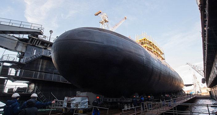 El submarino Veliki Novgorod del proyecto 636 Varshavianka