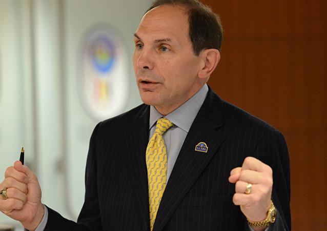 Robert McDonald, el secretario del Departamento de los Asuntos de Veteranos de EEUU