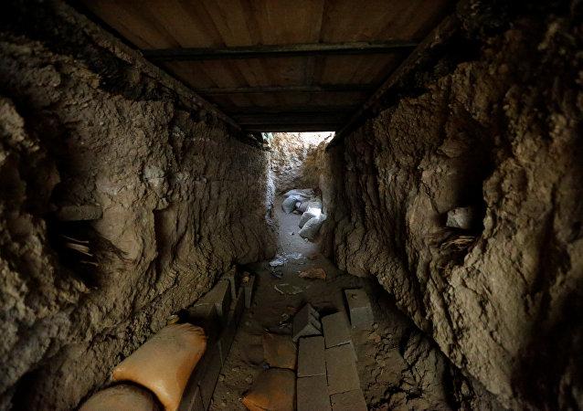 Un túnel de Daesh (archivo)