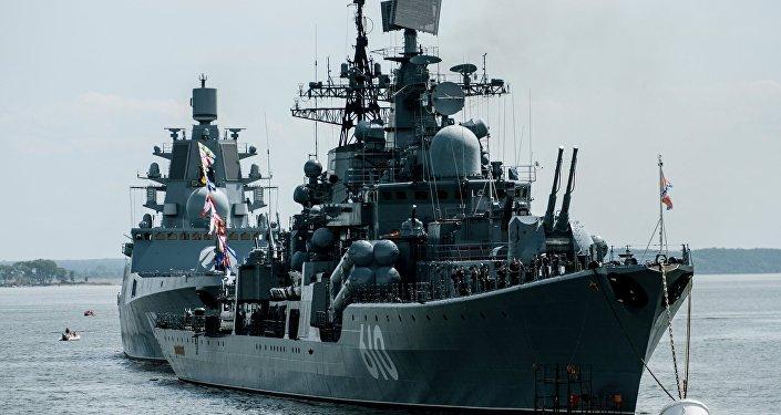El destructor ruso Nastóichivy en la región de Kalinigrado, Rusia