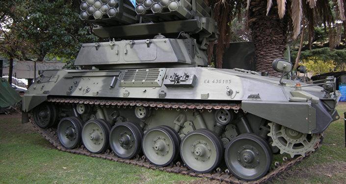Tanque Argentino Mediano (archivo)