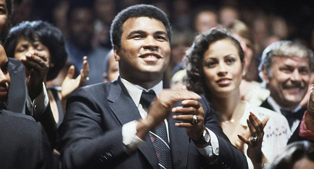 Muhammad Ali, boxeador estadounidense