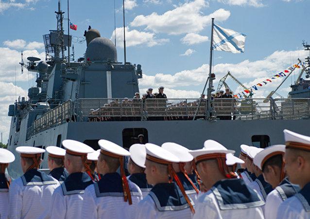 La novedosa fragata rusa Almirante Grigoróvich llega a Sebastópol