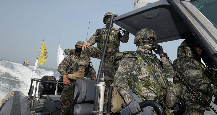 El Ejército de Corea del Sur, la Guardia Costera y las fuerzas armadas de EEUU realizan una operación para detectar buques chinos en el mar Amarillo