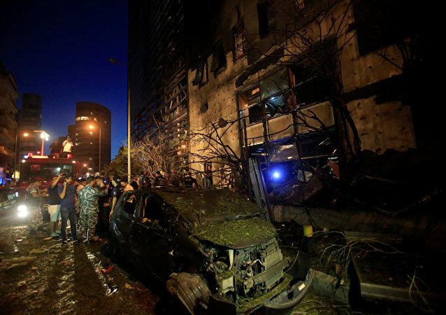 La sede de un banco fue el objetivo de la explosión en el centro de Beirut