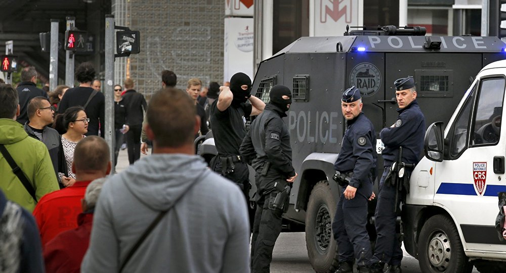 Policía francesa en Lille