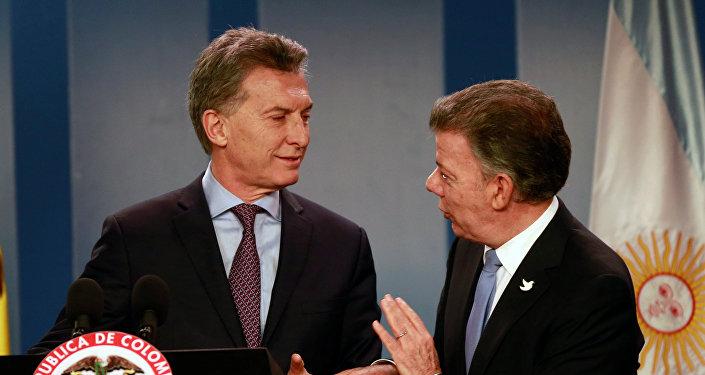 Mauricio Macri, presidente de Argentina, y Juan Manuel Santos, presidente de Colombia