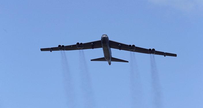 El bombardero estratégico B-52 de la Fuerza Aérea de Estados Unidos