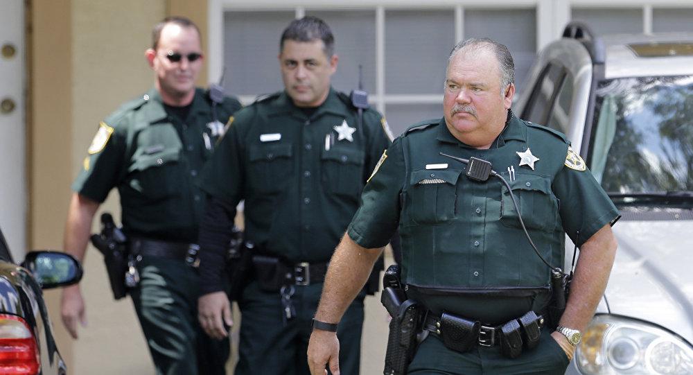 Los policías tras el atentado en Orlando