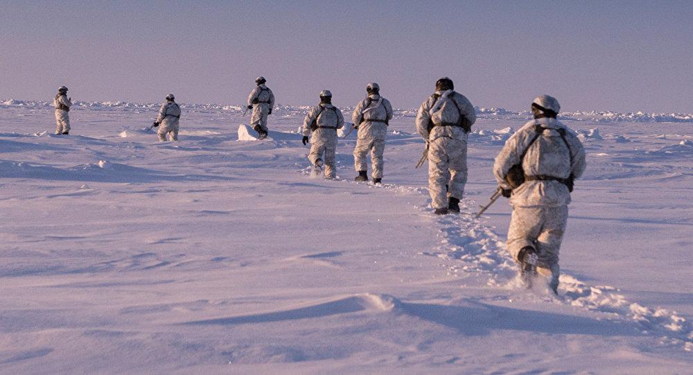 Ejercicios militares en el Ártico