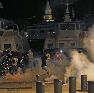 La policía francesa disuelve los disturbios protagonizados por los hinchas ingleses