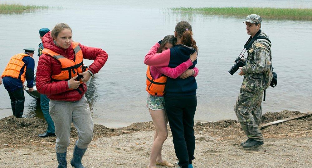 Sobrevivientes de la tragedia en el lago Syamózero de la República de Carelia