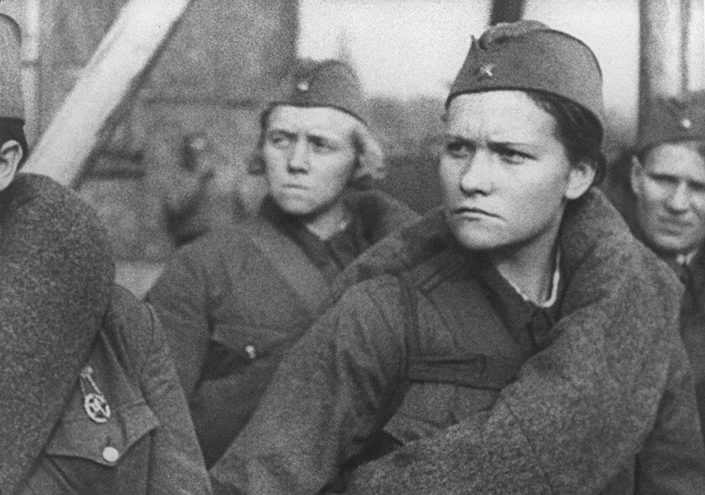 Milicianas, en una secuencia del documental 'Los moscovitas en el año 1941'