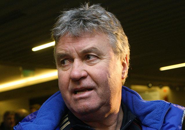 Guus Hiddink, técnico holandés
