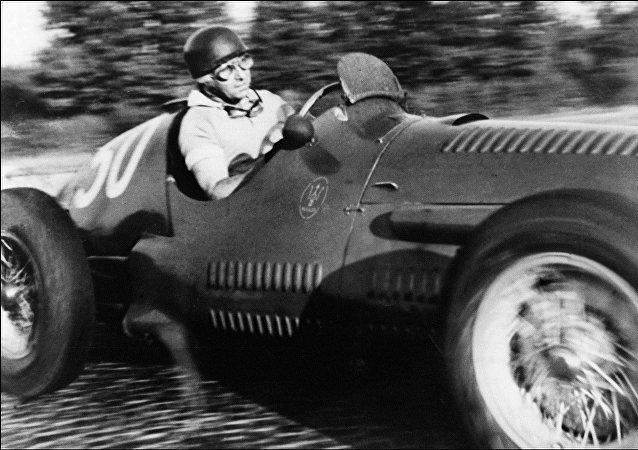 Juan Manuel Fangio, piloto argentino