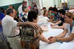 Gente votando en España