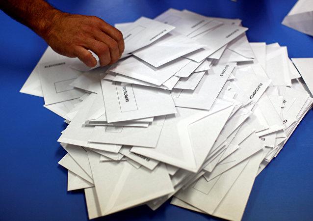 El recuento de votos (Archivo)