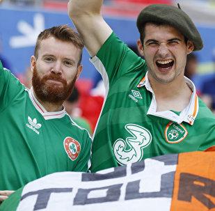 Hinchas irlandeses en Francia