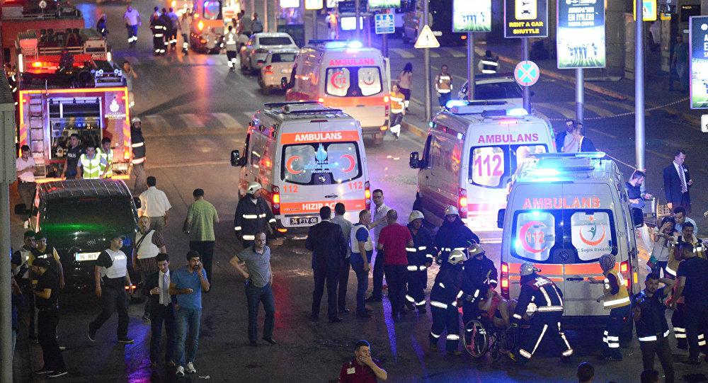 Aeropuerto de Ataturk donde tuvieron lugar explosiones (archivo)