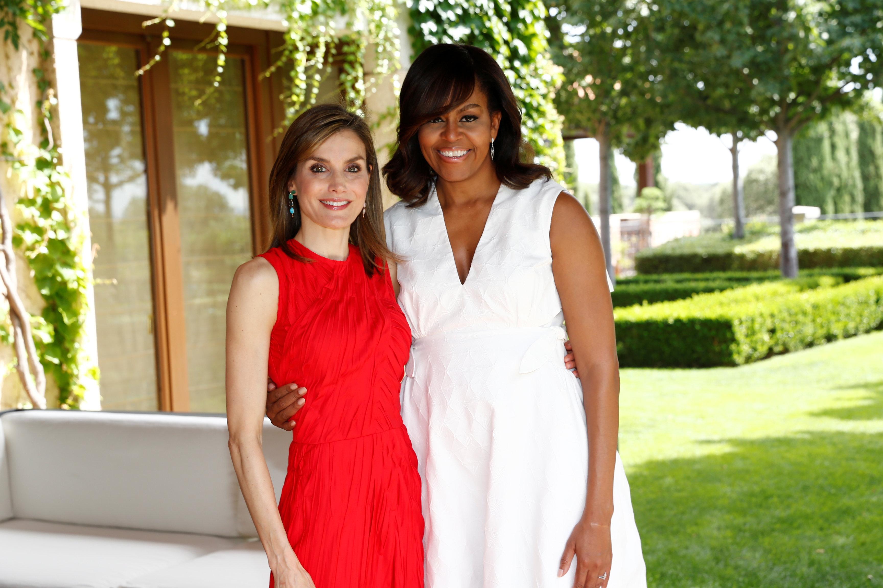Letizia, Reina de España, y Michelle Obama, primera dama estadounidense, en el Palacio de la Zarzuela