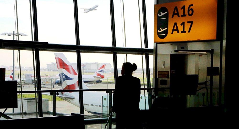 Se reanudaron los vuelos después de paralización por presencia de drone — Heathrow