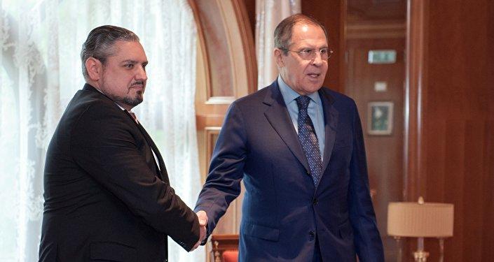 Los cancilleres ruso y turco, Serguéi Lavrov y Mevlut Cavusoglu