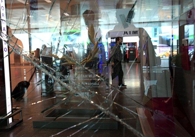 El aeropuerto Ataturk en Estambul tras el atentado