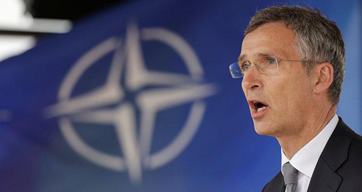 Jens Stoltenberg, el secretario general de la OTAN, durante la inauguración de la base rumana de Deveselu