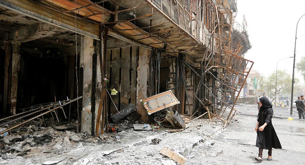 Lugar del ataque suicida en Bagdad