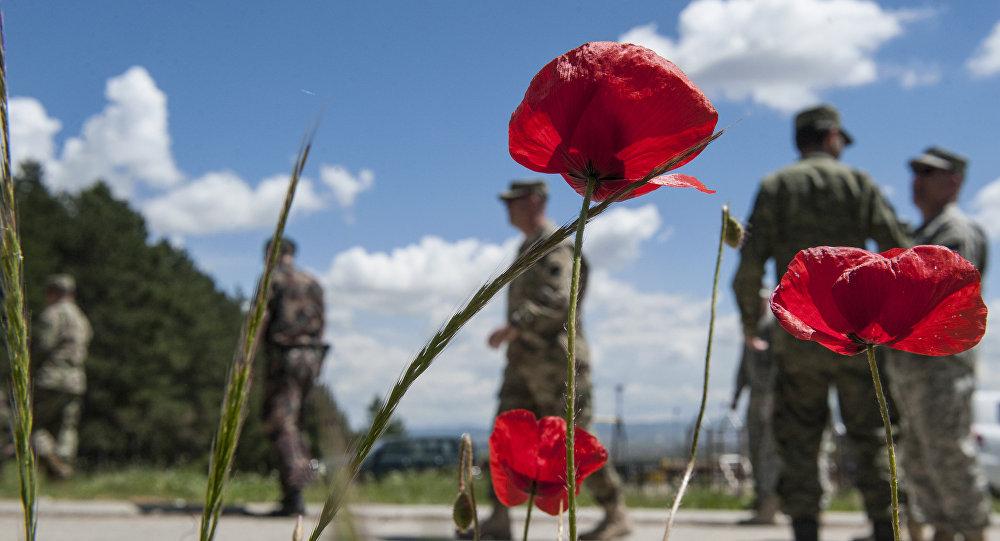 Los militares de la KFOR en Kosovo