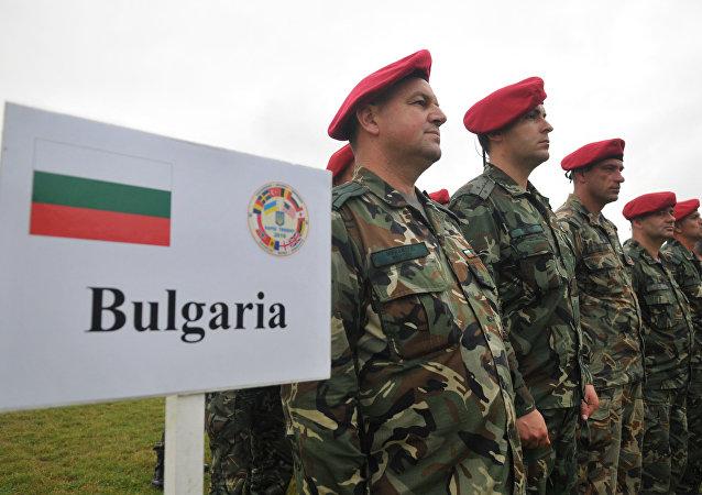 Soldados búlgaros durante la operación Rapid Trident 2016 en Ucrania