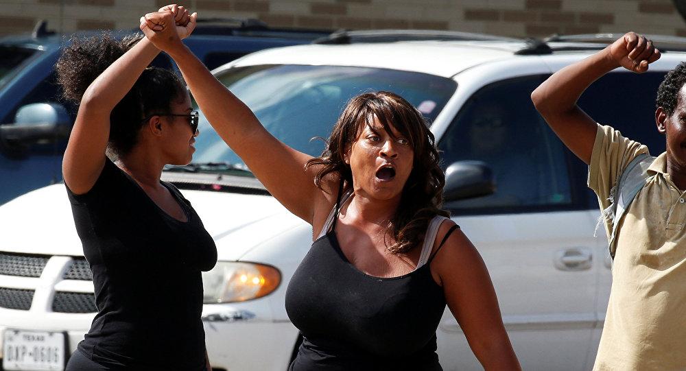 Manifestación de protesta en Dallas, EEUU