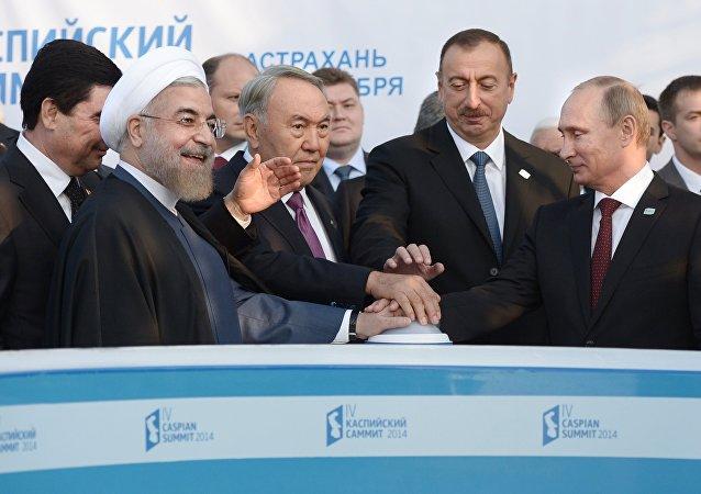 Los líderes del grupo de los cinco Estados ribereños del Caspio (archivo)