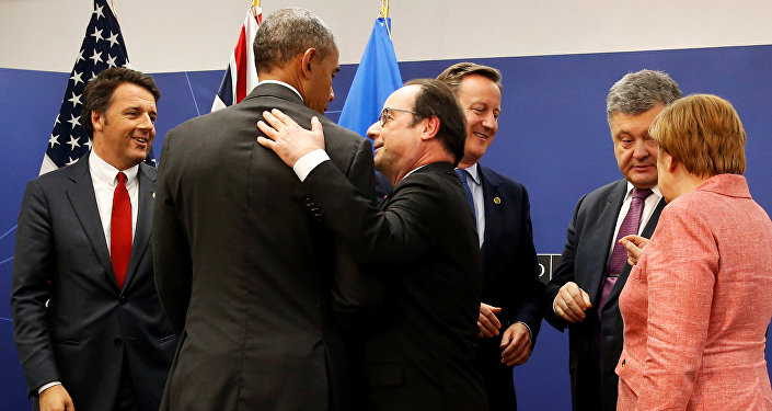 Matteo Renzi, Barack Obama, Francois Hollande, David Cameron, Petró Poroshenko y Angela Merkel durante la cumbre de Varsovia