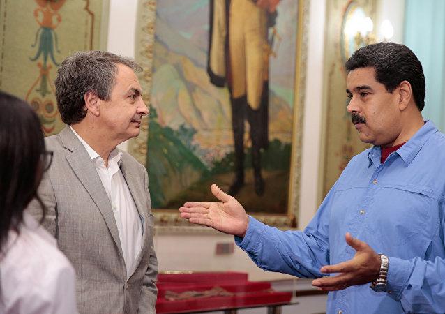 Expresidente español, José Luis Rodríguez Zapatero y presidente venezolano, Nicolás Maduro