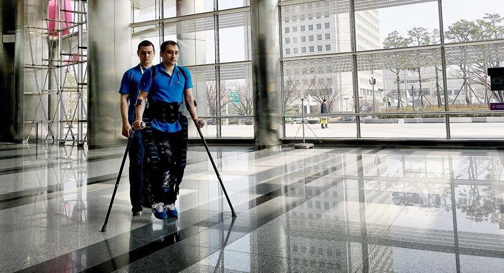 ExoAtlet, exoesqueleto médico ruso (archivo)