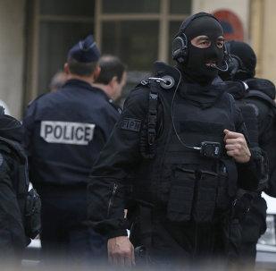 Operativo pilicial en Niza, 27 de abril de 2015