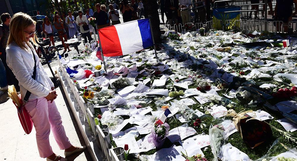 Memorial a los fallecidos en el atentado de Nizza, Francia