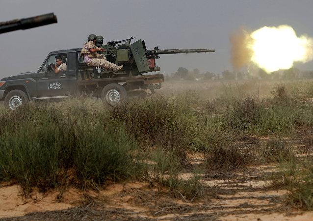 Combates con los terroristas en Libia