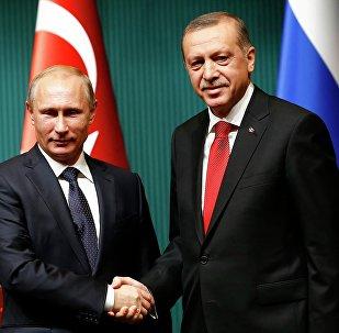 Presidente de Rusia, Vladímir Putin, y el presidente de Turquía, Recep Tayiip Erdogan (archivo)