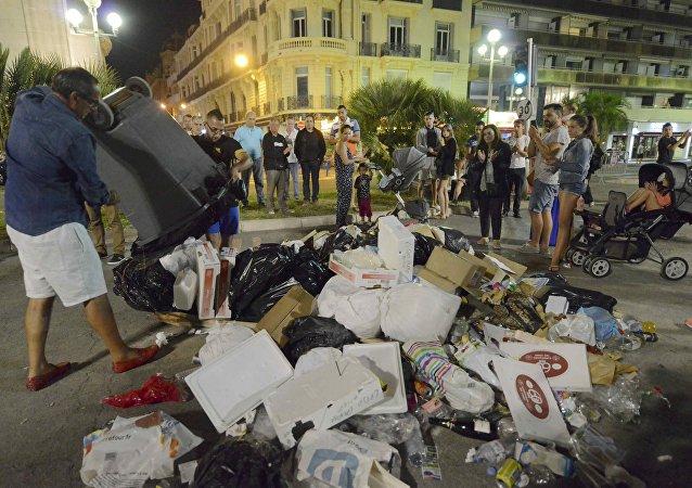 El lugar del asesinato del terrorista de Niza en el paseo de los Ingleses