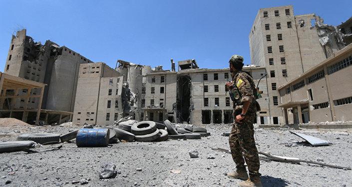 Edificios destruidos en Manbij, Siria