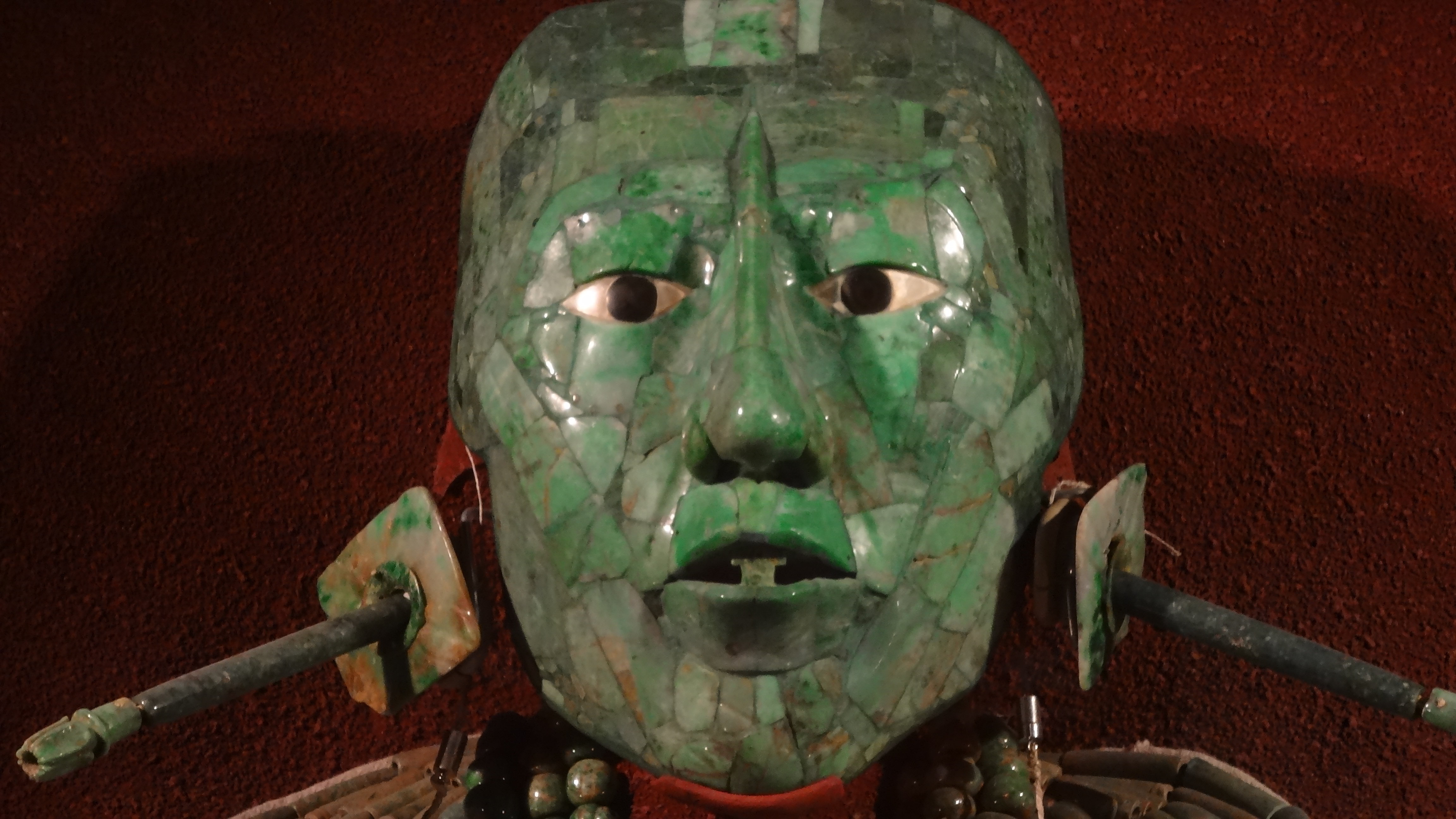 La máscara funeraria de Pakal, Museo Nacional de Antropología, México